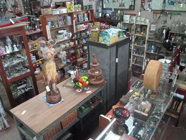 Collectables, Lost Ark Antiques, Melbourne