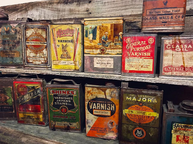 Collectable varnish tins