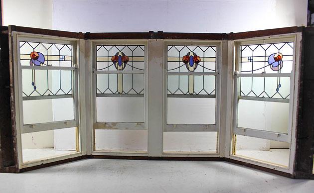 Secondhand leadlight bay window