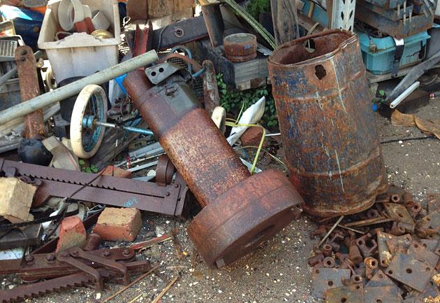 Bendigo junk and salvage yard