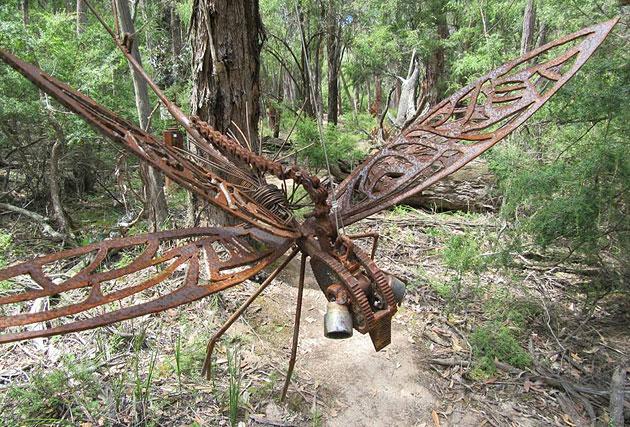 Recycled garden art, Tread Sculptures, Bend of Islands, Melbourne