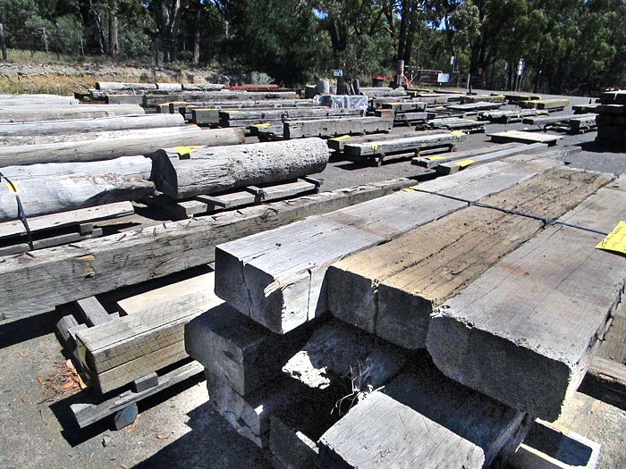 Recycled Timber Discounters, Woodend, Victoria. Pack lots at wholesale prices.